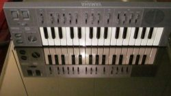 Yamaha CS01 Synthesizer keyboard CS1 CS-01