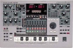 Roland MC-505 MC505 Groovebox Sequencer/Sampler/MIDI Controller/Drum Machine